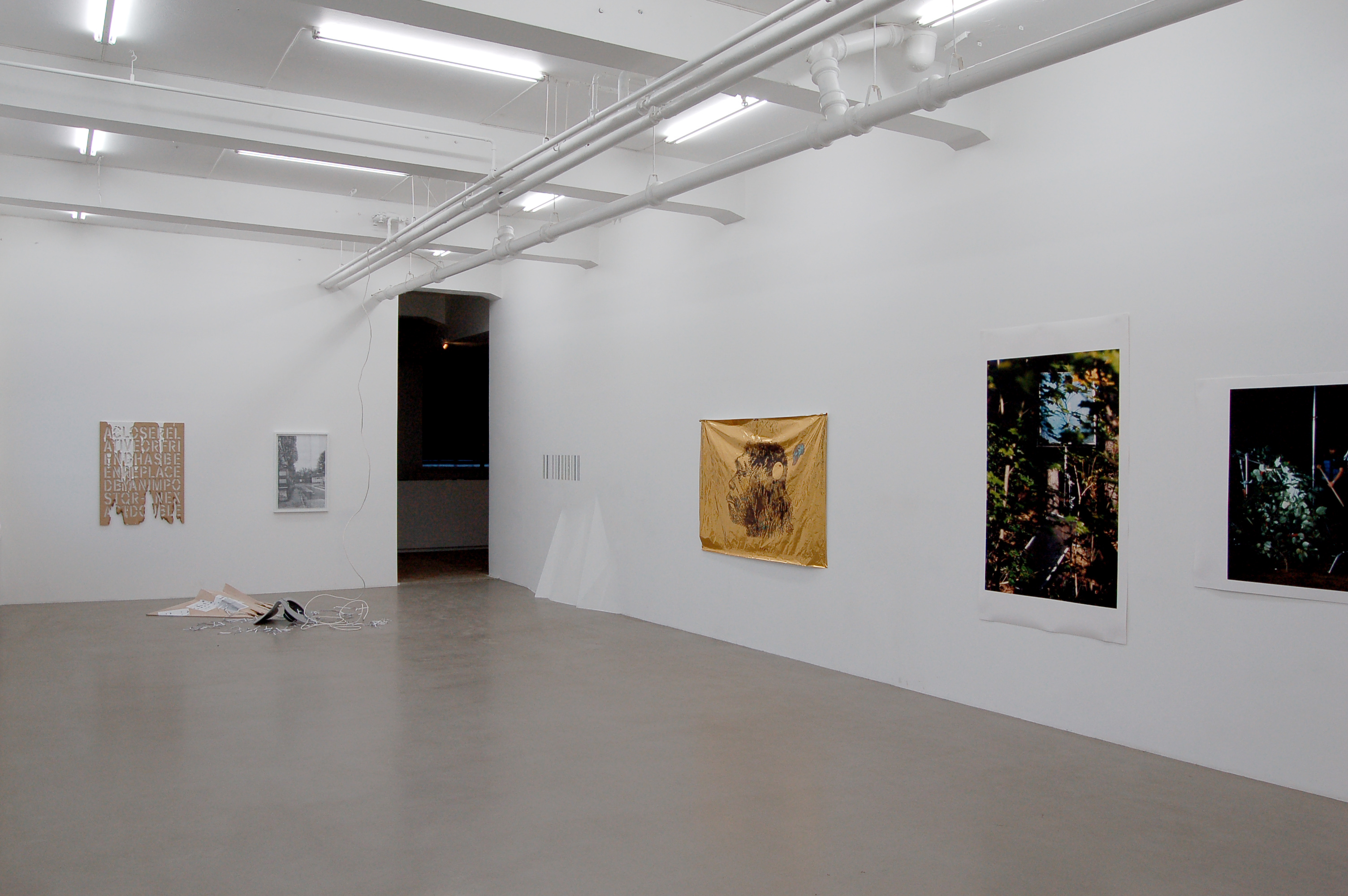 Exhibition_overview_3